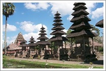Bali Lovina Tours Visit Singaraja And Banjar Hot Spring